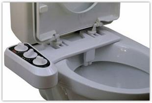 Полезная и необходимая сантехника для обустройства современных туалетных комнат. Унитаз с функцией биде – забота обо всей семье