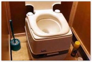 Комфорт на даче создаст торфяной туалет