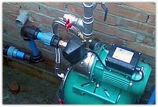 Как провести зимний и летний водопровод на даче своими руками