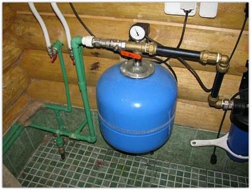 Как провести водопровод в загородном доме своими руками